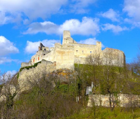 hrad-beckov-3